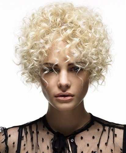 Утонченный подход: прически для тонких и редких волос Фото 3