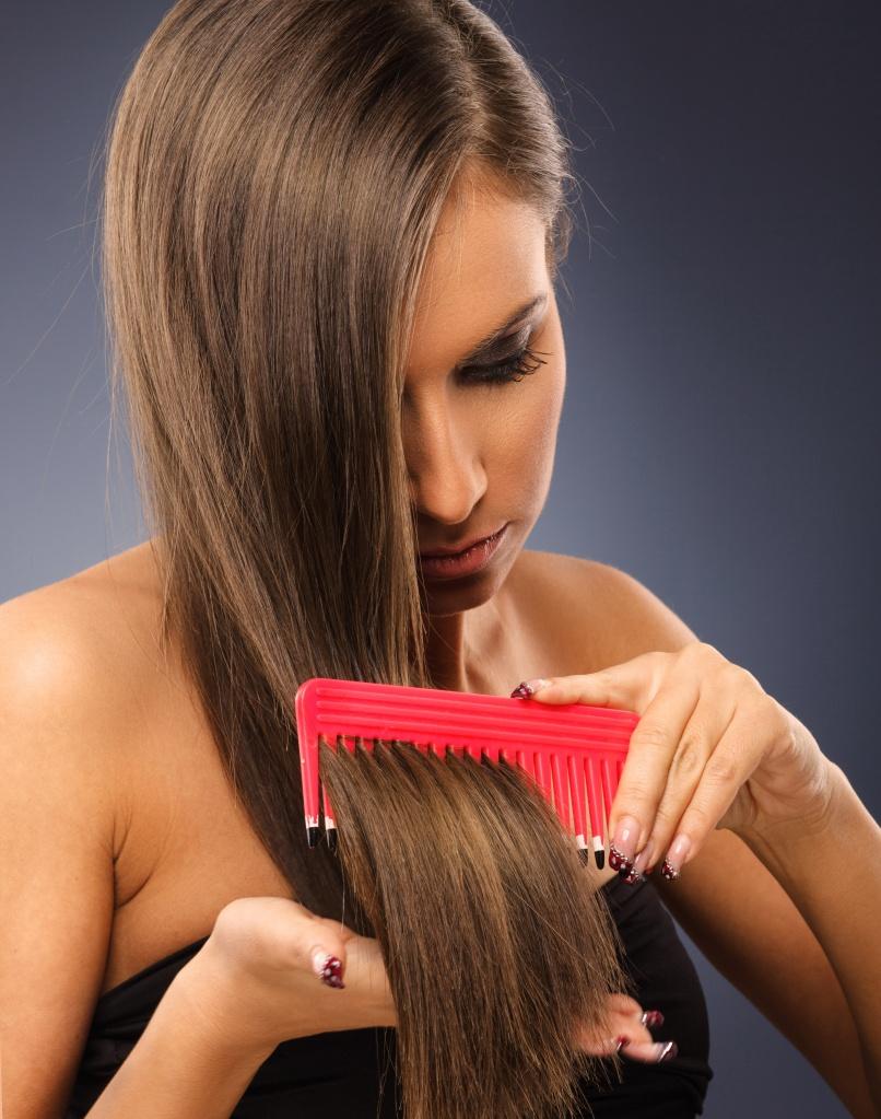 Как справиться с причинами выпадения волос у девушек