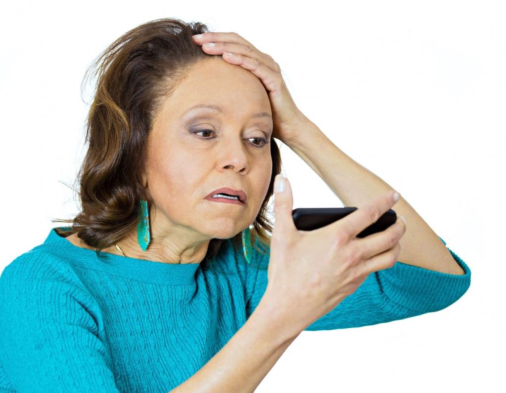 Выпадение волос при климаксе: неизлечимая болезнь или временная проблема?